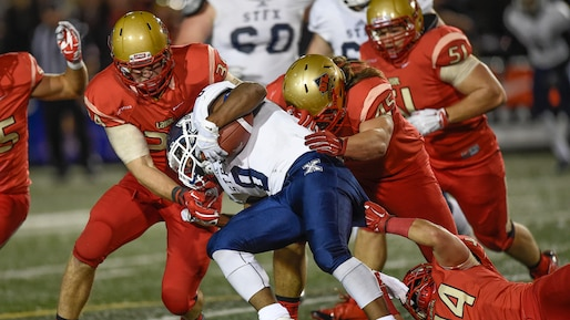 Football universitaire Canadien, Rouge et Or vs XMen de St-FX