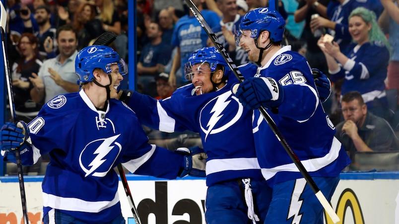 Le Lightning se rapproche des Panthers