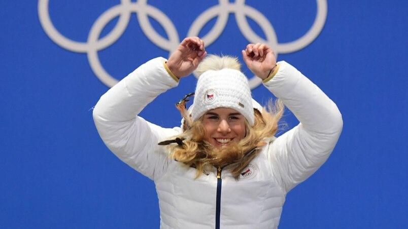 Olympiques: Ester Ledecka se dédouble et entre dans la légende