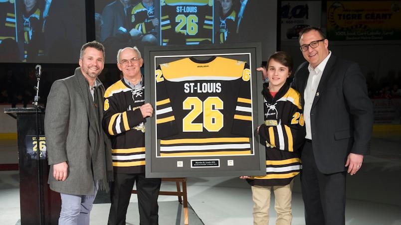 Le chandail de Martin St-Louis retiré à Laval