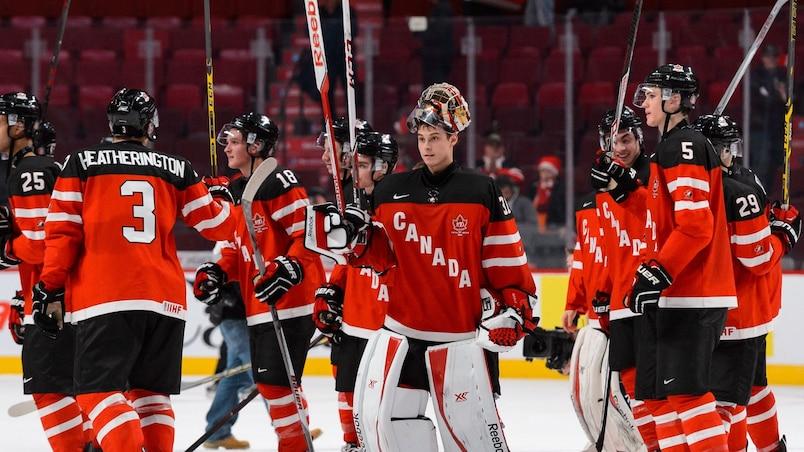 Slovakia v Canada - 2015 IIHF World Junior Championship