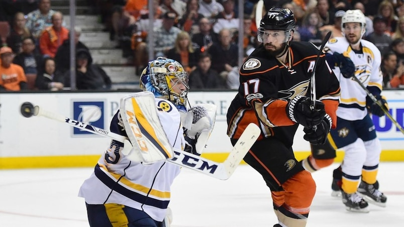 SPO-HKO-HKN-NASHVILLE-PREDATORS-V-ANAHEIM-DUCKS---GAME-ONE