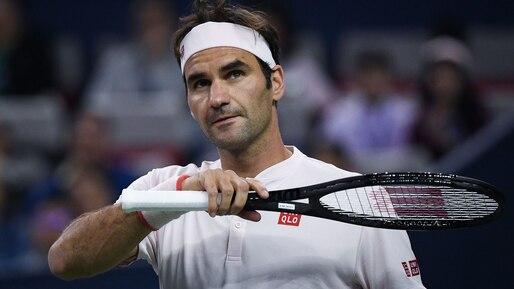 Shanghai: Federer avance, Del Potro abandonne