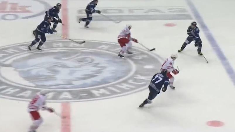 Un (autre) but spectaculaire en KHL