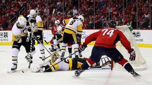 SPO-HKO-HKN-PITTSBURGH-PENGUINS-V-WASHINGTON-CAPITALS---GAME-SEV