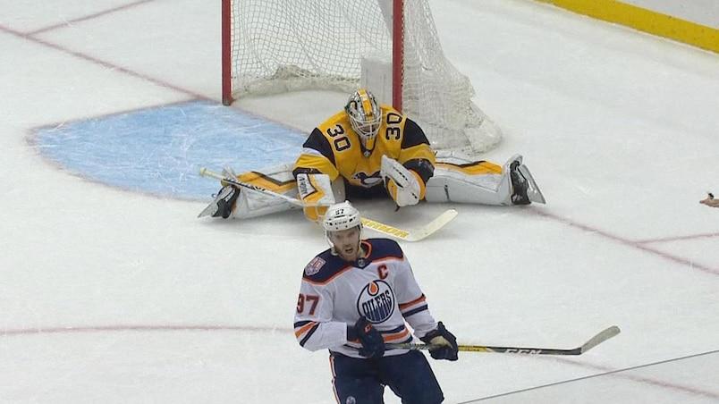 McDavid perd encore contre Crosby