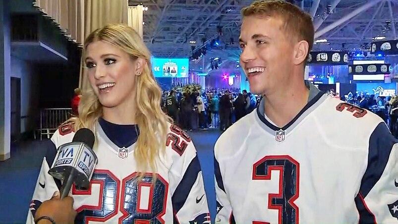 Eugenie Bouchard en entrevue à TVA Sports au Super Bowl