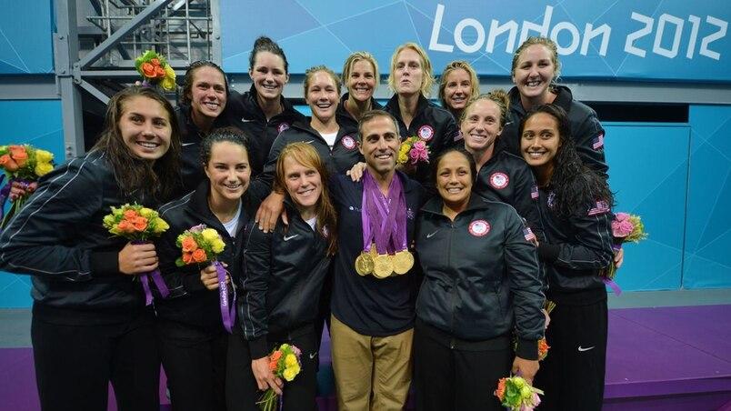 Toutes les médailles pour l'entraîneur en deuil