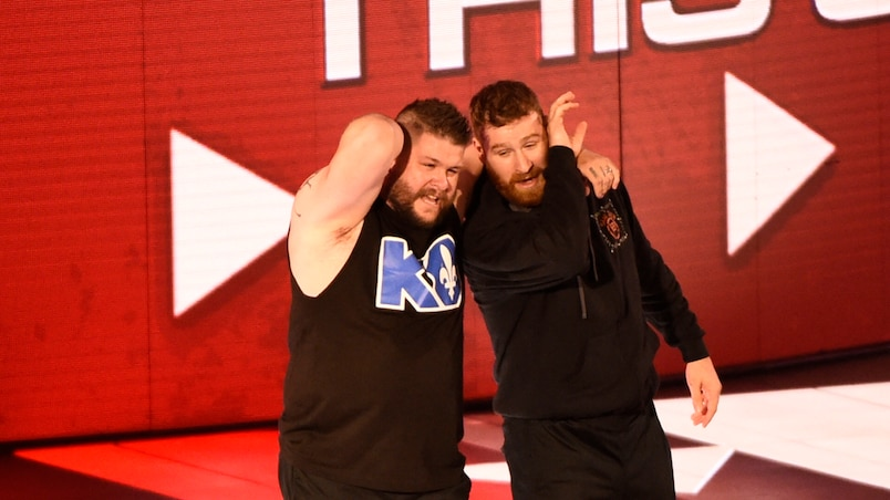 WWE : Les héros locaux vaincus