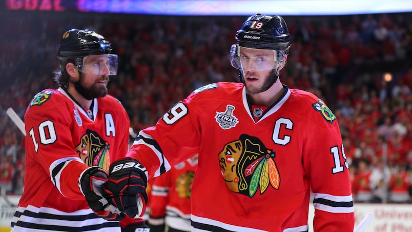 Patrick Sharp et Jonathan Toews