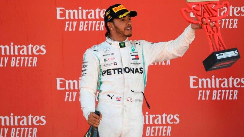 F1: Lewis Hamilton triomphe; Lance Stroll forcé à l'abandon