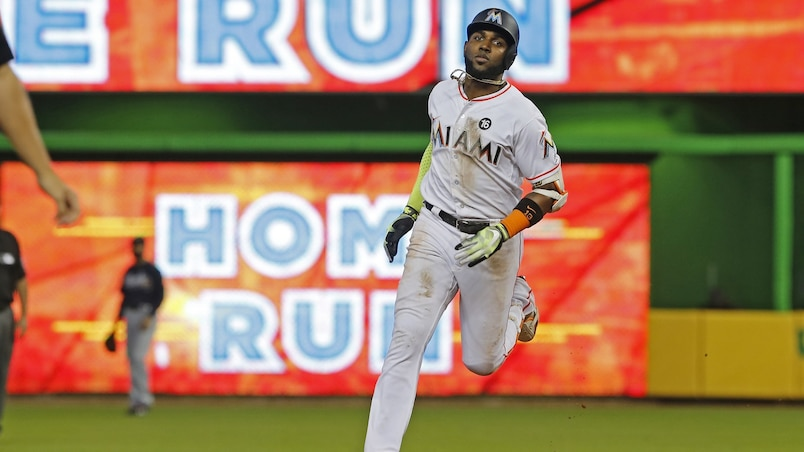 Marcell Ozuna passe aux Cards