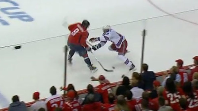 Ovechkin déculotte Staal