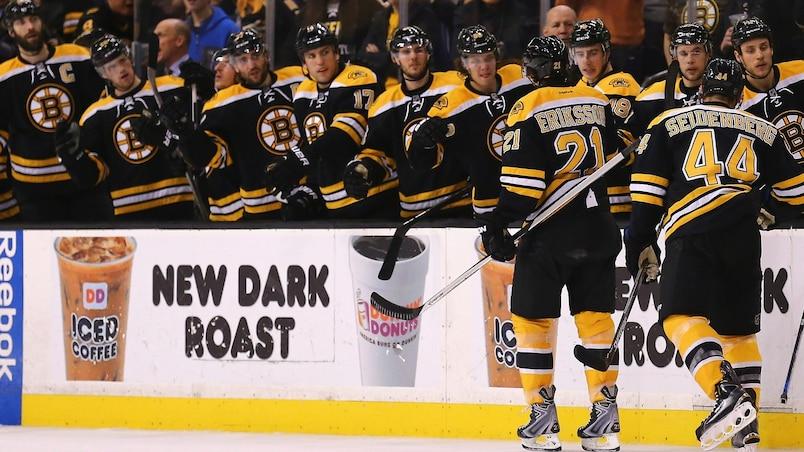 New York Islanders v Boston Bruins