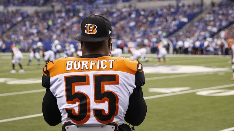 Contact avec un arbitre: Vontaze Burfict ne sera pas suspendu