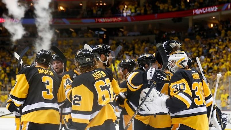 Les Penguins tiennent bon!