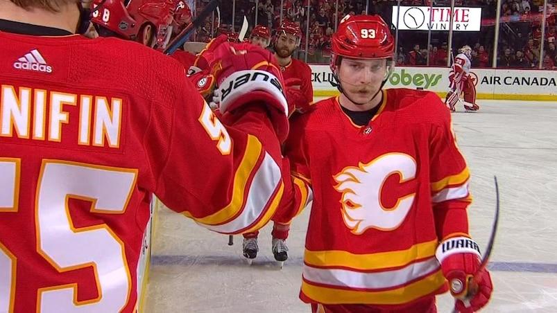 Trois points pour Bennett, victoire des Flames
