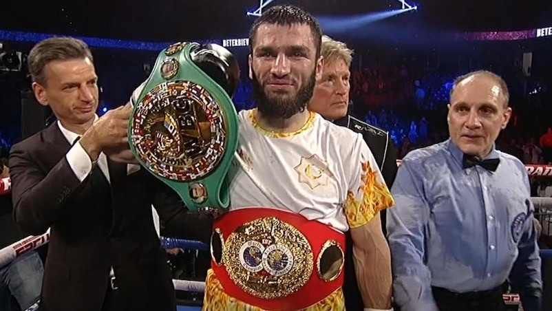 Artur Beterbiev, champion unifié de l'IBF et du WBC!