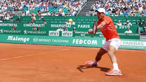 Monte-Carlo: Novak Djokovic passe en quarts sans briller