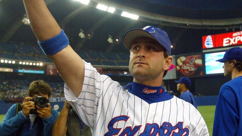 Expos Brian Schneider waves following team's final game in Monteal