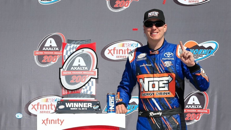 NASCAR XFINITY Series Axalta Faster. Tougher. Brighter. 200