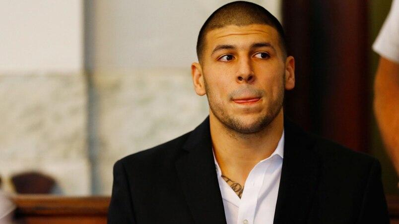 L'ancien joueur de football Aaron Hernandez se suicide en prison