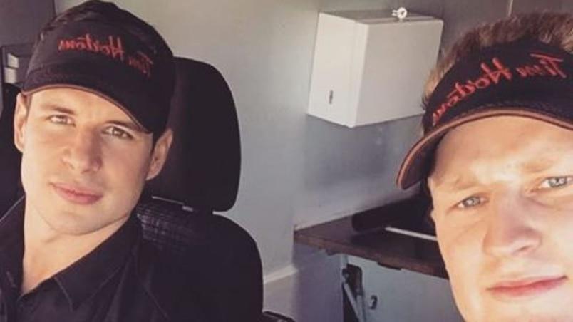 Sidney Crosby et Nathan MacKinnon