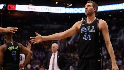 Une 21e saison à Dallas pour Dirk Nowitzki