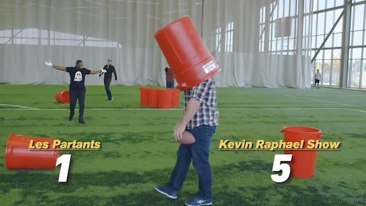 Duel de footpong: Les Partants contre Kevin et son partenaire secret