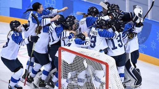 Olympiques: la Finlande obtient le bronze en hockey féminin
