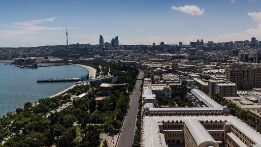 F1 Azerbaijan Grand Prix - Race Day