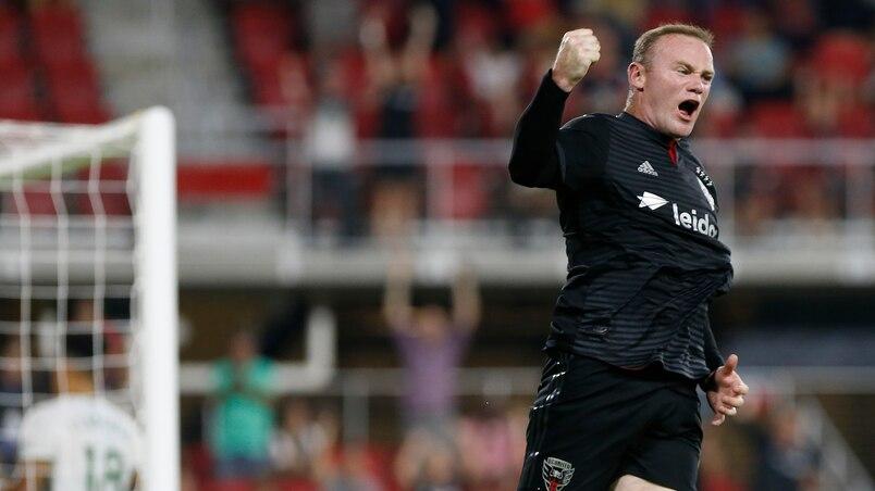 Wayne Rooney encore spectaculaire!