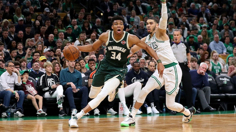 Antetokounmpo soulève les Bucks à Boston