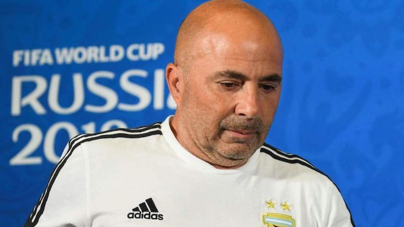 Le sélectionneur argentin maintenu pour le moment