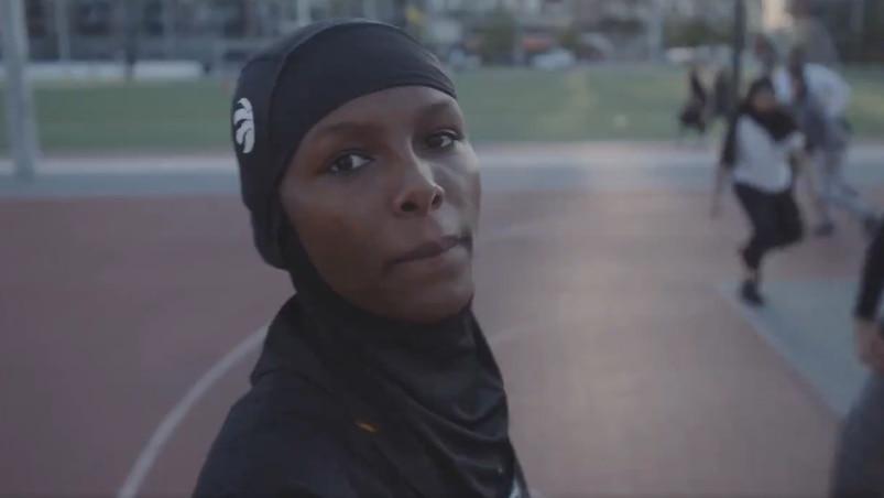 Les Raptors lancent... un hijab à leur effigie!