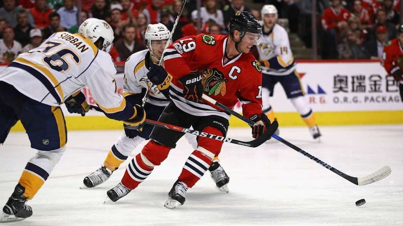 Nashville Predators v Chicago Blackhawks - Game One