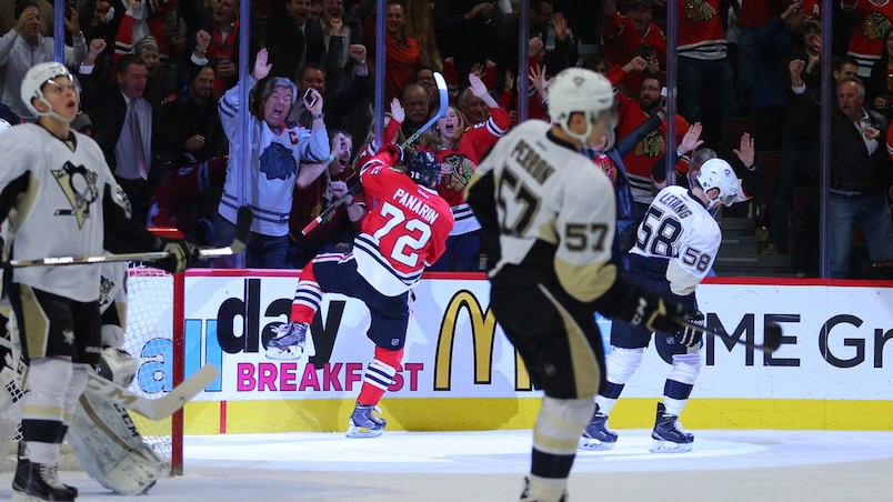 NHL: Pittsburgh Penguins at Chicago Blackhawks