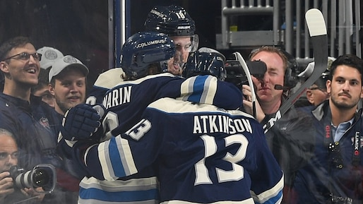 Cam Atkinson s'occupe des Flyers