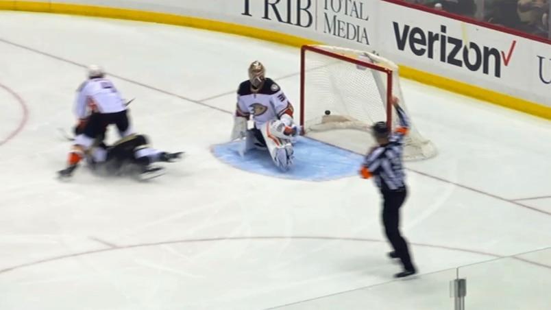 Crosby est inhumain!